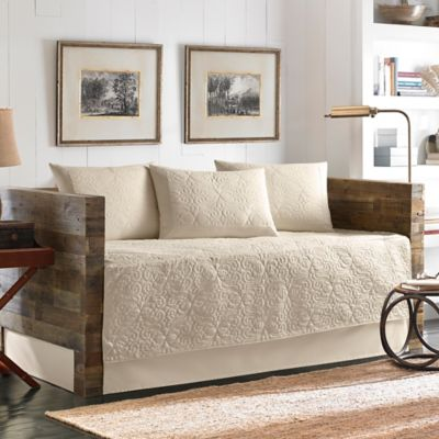 Tommy Bahama® Nassau Quilted Daybed Set in Ivory