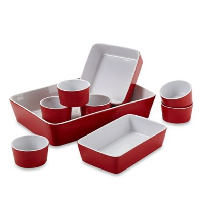 Home Essentials & Beyond 9-Piece Embossed Ring Bakeware Set in Red