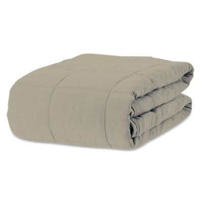 Stone-Washed Filled King Blanket in Taupe