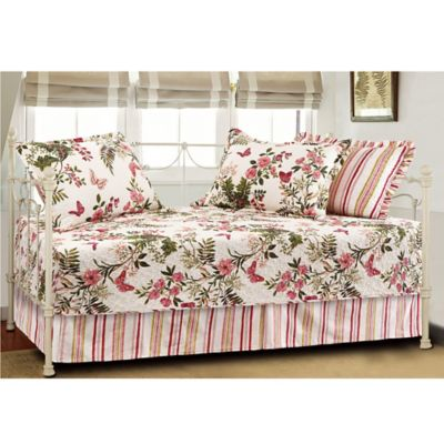 Butterflies Quilted Reversible Daybed Bedding Set in Multi