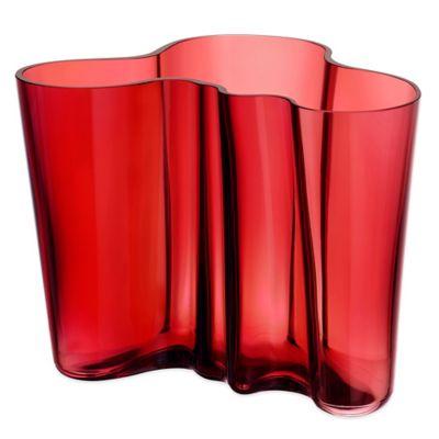 Iittala Alvar Aalto 6.25-Inch Vase in Cranberry