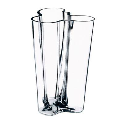 Iittala Alvar Aalto 7.75-Inch Finlandia Vase in Clear