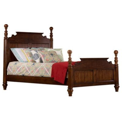 Hillsdale Pine Island Queen Post Bed with Rails in Dark Pine
