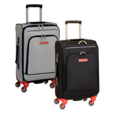 Swiss Cargo Petra 20-Inch Upright Spinner Luggage in Black