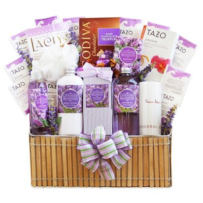 Ultimate Fields of Lavender Gift Basket