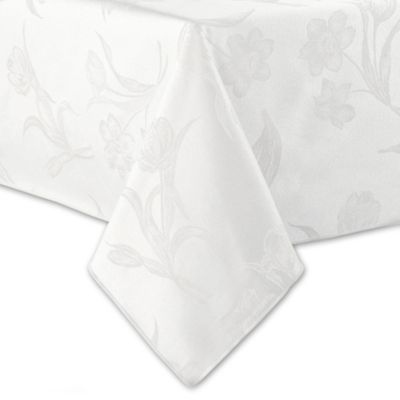 Spring Blossoms Damask 70-Inch Round Tablecloth in Platinum