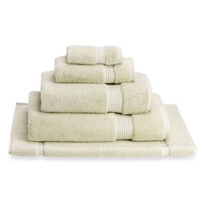buy bath tub mats from bed bath beyond. Black Bedroom Furniture Sets. Home Design Ideas