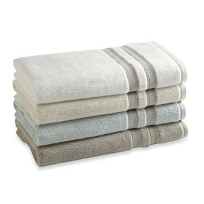Kassatex Palermo Bath Towel in Glacier Blue