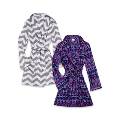 Blink™ Large/XL Polyester Chevron Bathrobe