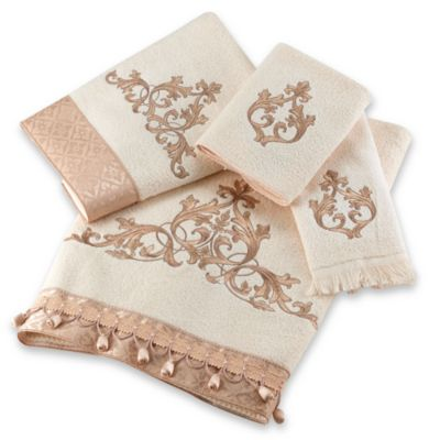 Avanti Monaco Fingertip Towel in Ivory