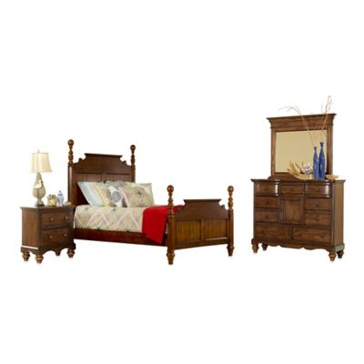 Hillsdale Pine Island 4-Piece King Post Bedroom Set in Dark Pine