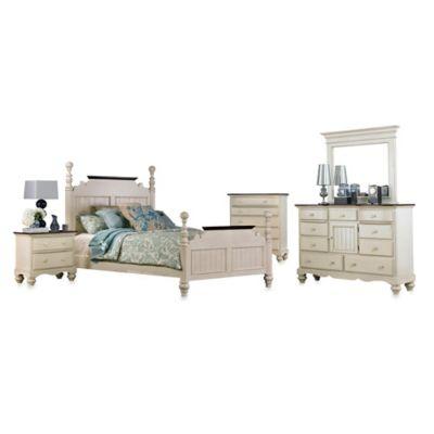 Hillsdale Pine Island 5-Piece Queen Post Bedroom Set in Old White