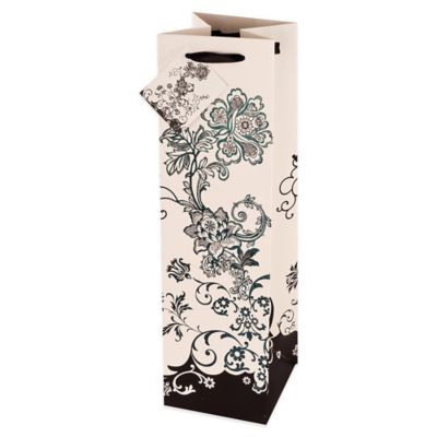 Marketplace: Floral Chic Wine Bag