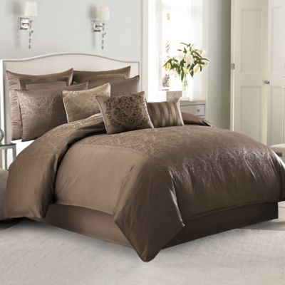 Manor Hill® Sienna Damask Full Comforter Set in Mocha