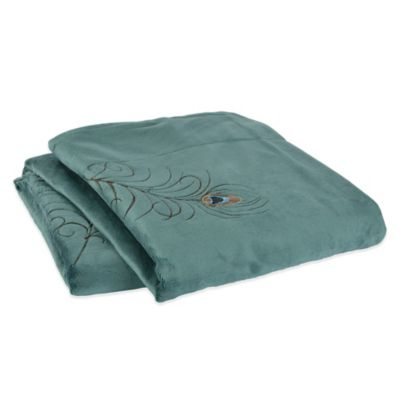 Berkshire Design Décor Sablesoft™ Peacock Feather Embroidered Throw