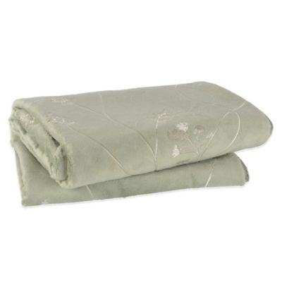 Berkshire Design Décor Sablesoft™ Sage Wheat Embroidered Throw