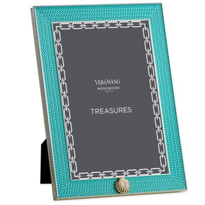 Vera Wang Wedgwood® Treasures with Love 4-Inch x 6-Inch Seashell Frame in Aquamarine