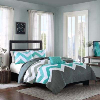Cozy Soft® Cade Reversible Full/Queen Quilt Set in Aqua