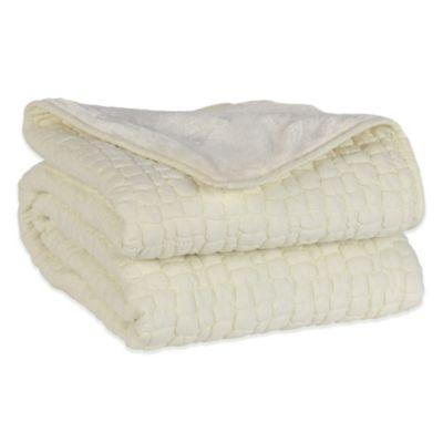 Berkshire Peaceful Pebble Reversible King Quilt Set in Cream