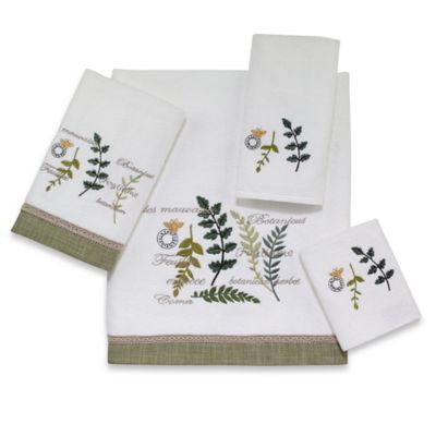 Bath Towels with Leaves