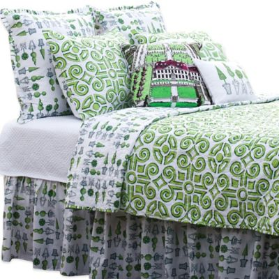 Boxwood Abby Reversible King Quilt in Green/White