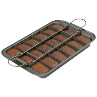Chicago Metallic™ Slice Solutions Brownie Pan