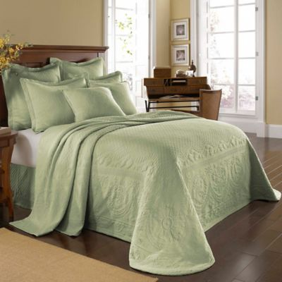 King Charles Matelassé Twin Bedspread in Sage