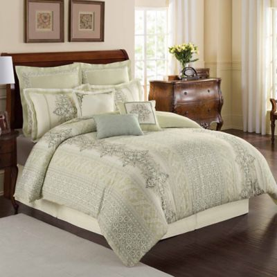 Williamsburg Davenport Queen Comforter Set in Sage