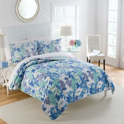 Vue Singapore Reversible Full/Queen Quilt