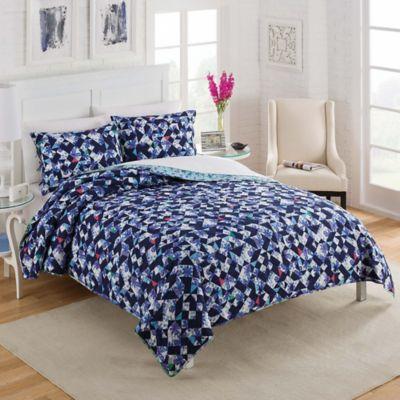 Vue® Dreamflower Reversible King Quilt