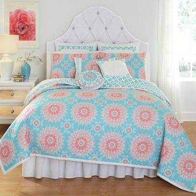 Dena™ Home Sloane King Quilt in Aqua