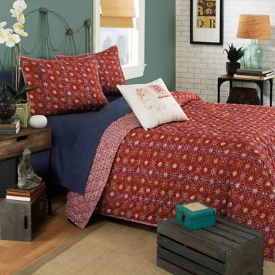 Brooklyn Flat Ceylon Reversible Twin Quilt Set in Red