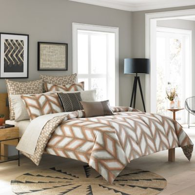 Steve Madden® Cori Reversible Full/Queen Comforter Set in Sand