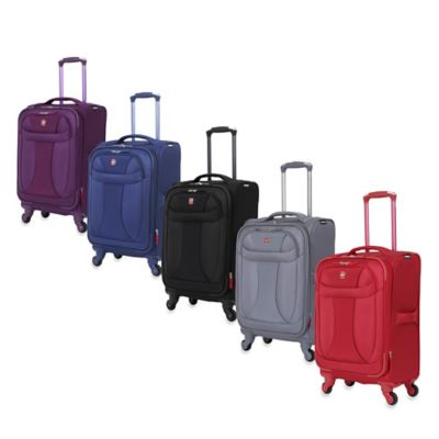 Wenger 20-Inch Lightweight Expandable Carry On in Black