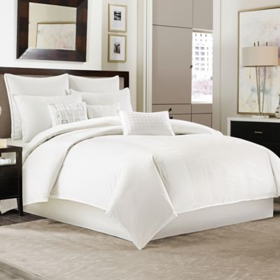Manor Hill® Ellis Queen Comforter Set in Ivory