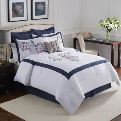 Aloura 8-Piece Full Comforter Set in White/Blue
