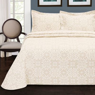 LaMont Home Larissa Queen Bedspread in Off White