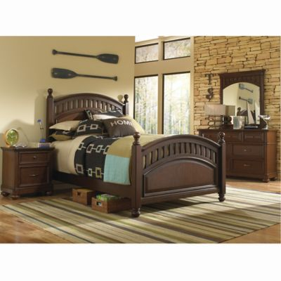 Pulaski Expedition 5-Piece Full Bedroom Set in Brown