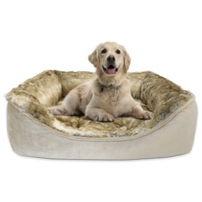 Luxurious Lynx Fur 34-Inch x 25-Inch Cuddler Bed