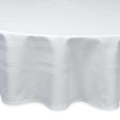 Wamsutta® Classic 70-Inch Round Tablecloth in White