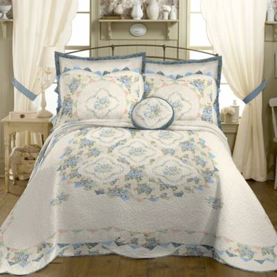 Bordeaux Queen Bedspread