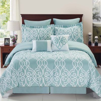 Dawson Reversible 8-Piece Queen Comforter Set in Blue/White