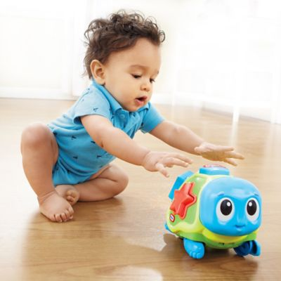 Little Tikes™ Lil' Ocean Explorers Crawl 'n Pop! Turtle