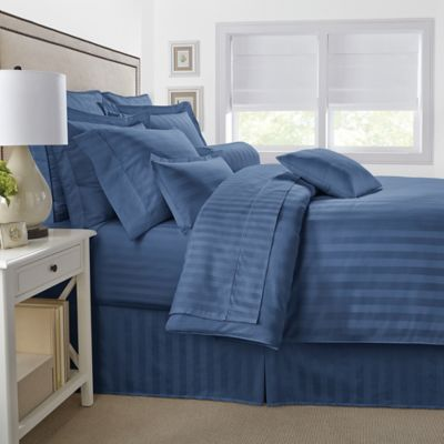 500-Thread-Count Damask Stripe Reversible Full/Queen Comforter Set in Blue Jean