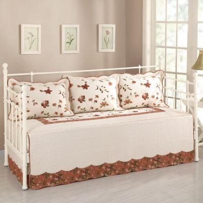 Nydia Daybed Set in Multi