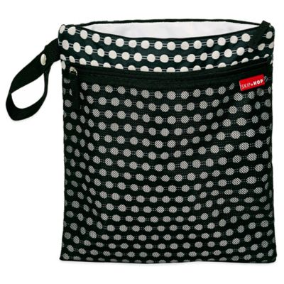 SKIP*HOP® Connect Dots Grab & Go Wet/Dry Bag in Black/White