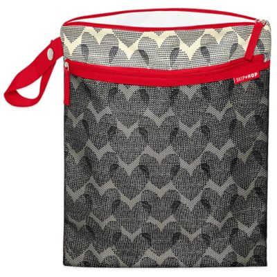 SKIP*HOP® Hearts Grab & Go Multicolor Wet/Dry Bag