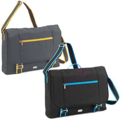 Lug® Jockey Messenger Bag in Midnight Black