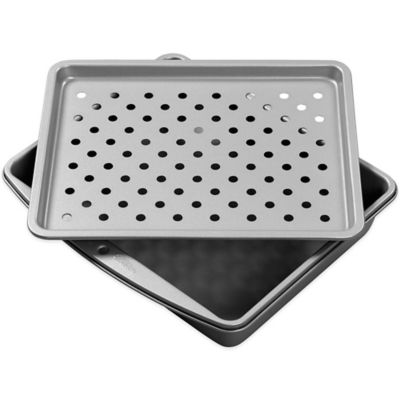 Wilton® Toaster Oven 2-Piece Crisper Set