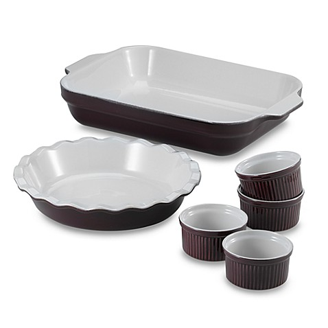 Emile Henry Bakeware in Figue